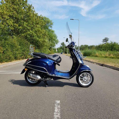 Vespa Primavera RST Blue Custom