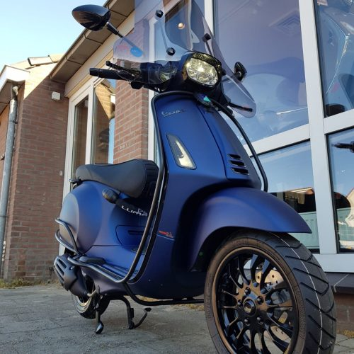 Vespa Sprint Matt Blue Special