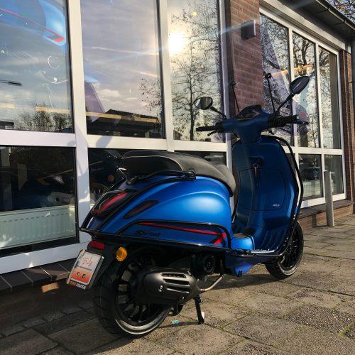 Vespa Sprint Blue Vivace Zelioni